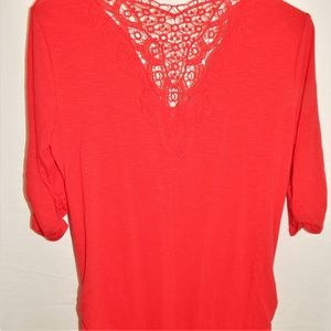 Red top 3/4 gathered sleeves and sides lace neck L